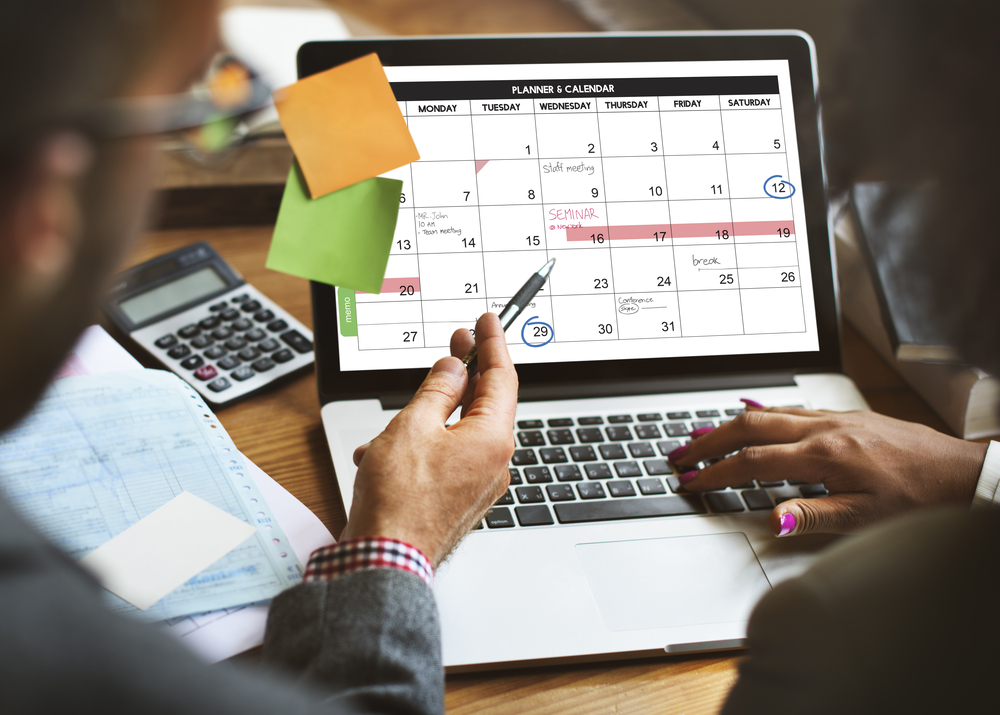 6 Social Media Content Calendar Tools to Plan Your Messaging
